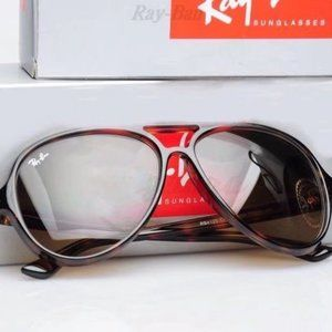 Ray-Ban RB4125 Polarized Sunglasses with box